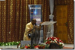 Pastor Austen Ukachi Leading Prayers